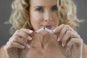 1142160-img-zena-cigareta-koureni-prestat-kourit-predsevzeti