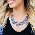 Šperky, ktoré by nemali odmietať žiadne ženy, ktoré si potrpia na luxus a eleganciu